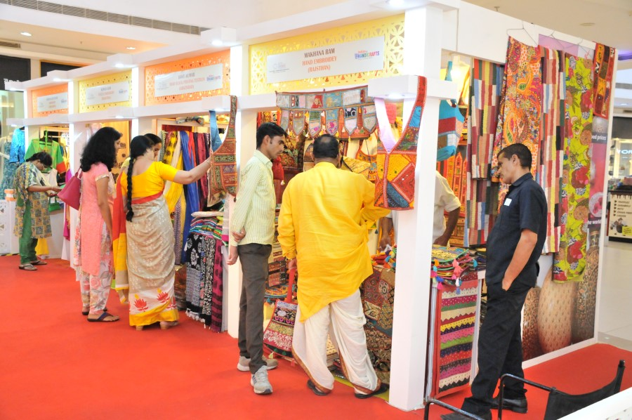 Thematic Exhibition On Handicrafts Products For The Benefit Of Sc